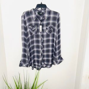 Romeo & Juliet couture long sleeve flannel top NWT
